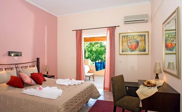 Bedroom_Suite_4