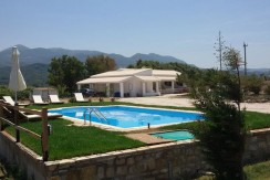Elli-studios-with-pool