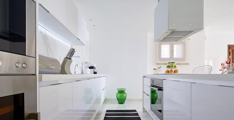 Villa-Olympia-Kitchen